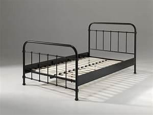 Lit 120 200 : lit en m tal london pour un style industriel de 120 x 200 so nuit ~ Teatrodelosmanantiales.com Idées de Décoration