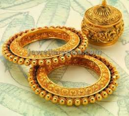 indian wedding chura royal kangan bangles jewellery designs things