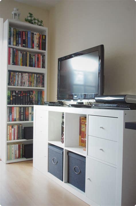 Tv Rack Ikea by Using Ikea Expedit Horizontally Creates A Tv Rack Of