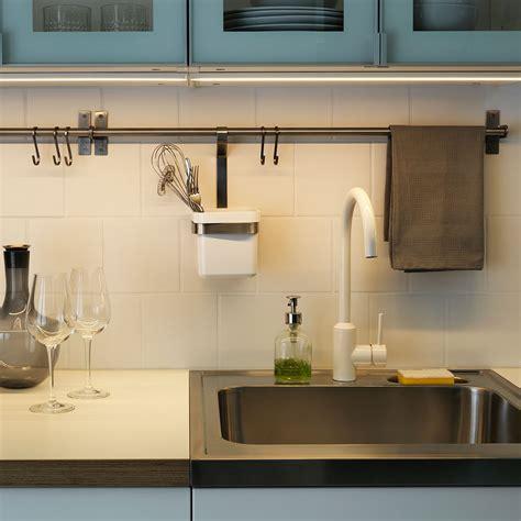 reglette eclairage cuisine éclairage plan de travail toutes nos solutions