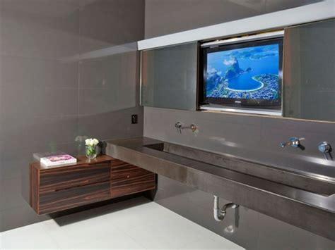Großartig Fernseher Im Badezimmer Badezimmer Fernseher