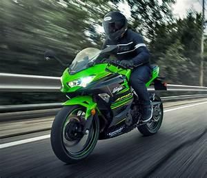Moto Nouveauté 2018 : nouveaut 2018 kawasaki ninja 400 moto journal ~ Medecine-chirurgie-esthetiques.com Avis de Voitures