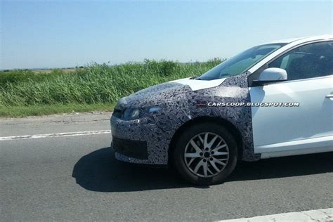 spy  renault fluence facelift   dacia logan