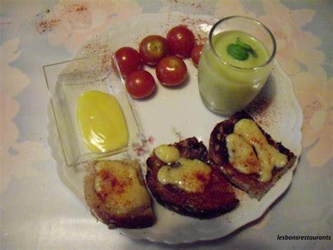 canapé au fromage canapés au fromage les bons restaurants