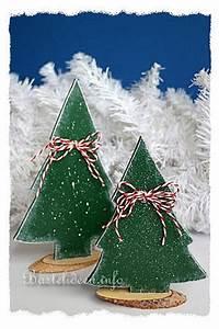 Bastelideen Holz Weihnachten : basteln mit holz weihnachten laubsaegearbeit weihnachtsbaeume ~ Orissabook.com Haus und Dekorationen