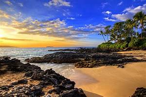 Secret Beach 1 Maui On Metal