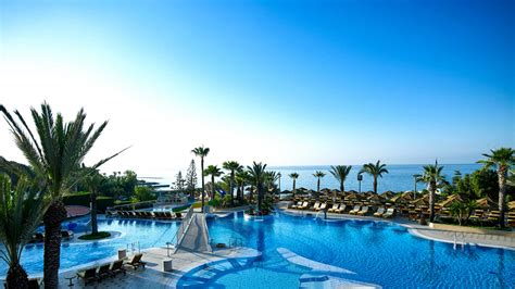 four seasons hotel beach resort a kuoni hotel in cyprus