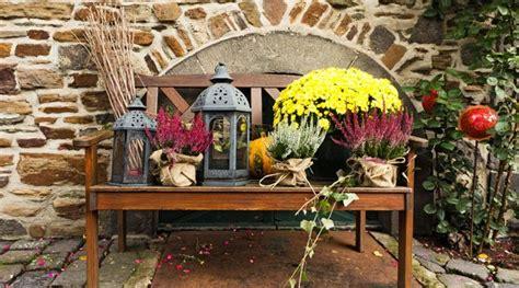 Herbstdeko Gartenbank by Garten Herbstlich Gestalten 6 Schnell Umsetzbare Dekoideen