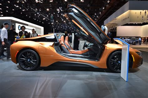 2019 Bmw I8 Roadster Makes An Impression At Detroit Auto