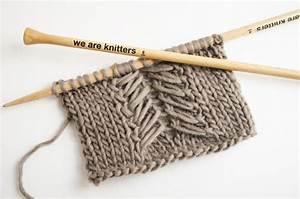 We Are Knitters Anleitung : wie man das caliper zopfmuster strickt zopfmuster ~ A.2002-acura-tl-radio.info Haus und Dekorationen