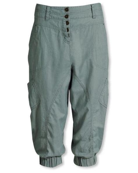 Capribyxor dam jeans