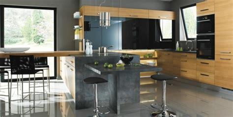 avis cuisine mobalpa la cuisine bois et noir c 39 est le chic sobre raffiné