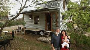 Amazing Off The Grid Tiny House On Wheels Home Design