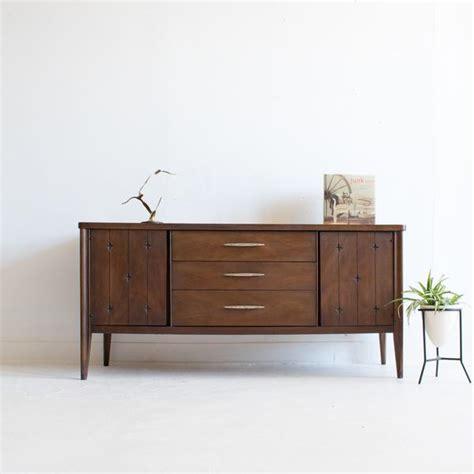 broyhill saga credenza broyhill saga credenza atomic furnishing design