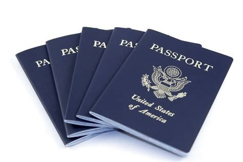 How Do Americans Give Up Their Passports?