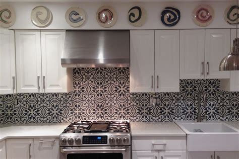 moroccan style grey patterned accent tiles for kitchen