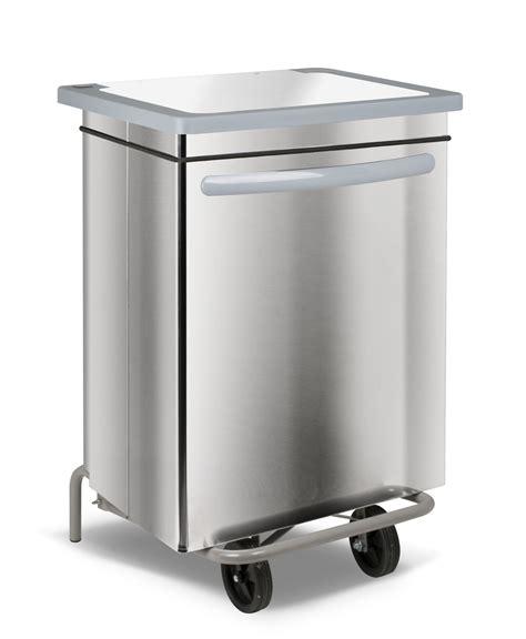poubelle recyclage cuisine poubelle de tri selectif cuisine maison design bahbe com