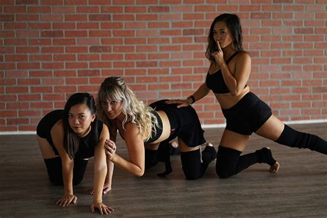 Easy Beginner Burlesque Dance Choreography To Try At Home