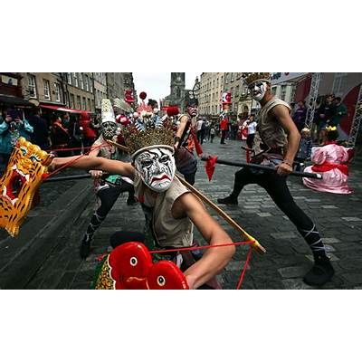 Is the Edinburgh festival fringe killing touring theatre