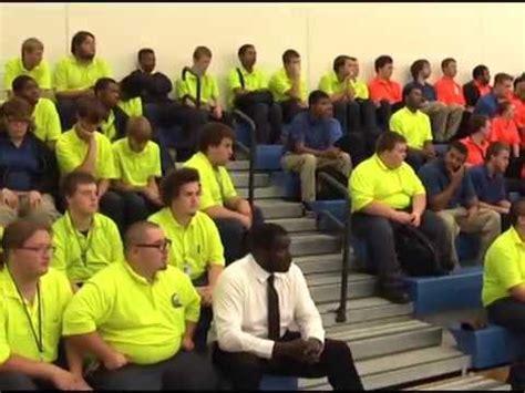 Ottumwa Job Corps celebrates many milestones - YouTube