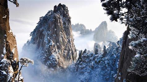 mountains theme for windows 10 8 7