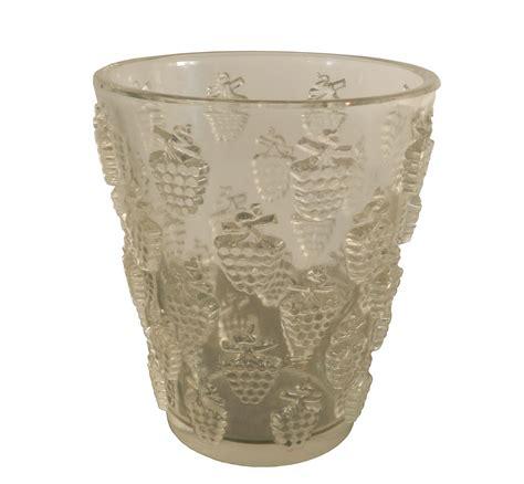 lalique vase rene lalique lave raisons malaga vase modernism