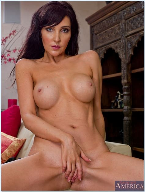 Beautiful And Busty Brunette Milf Diana Prince Fucked In