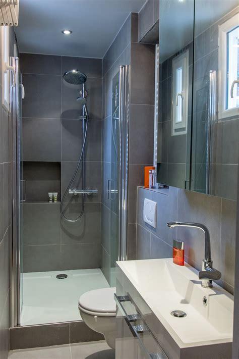 chambre avec salle d eau une salle d 39 eau bien pensée salle de bains