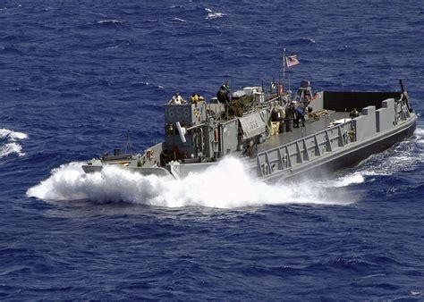 Utility 401 Boat by File Us Navy 060831 N 1598c 002 Landing Craft Utility Lcu