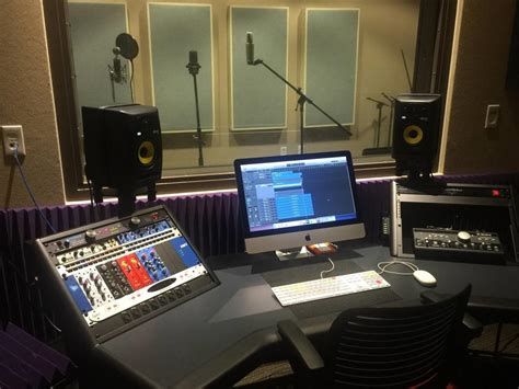Home Recording Studio Courses by Crescent Underground Recording Studio Ezra Stiles College
