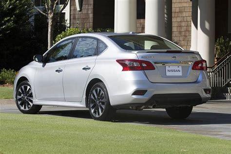 2017 Nissan Sentra: New Car Review - Autotrader