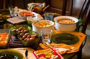 food on the thanksgiving dinner table