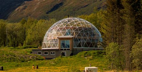Geodesic dome buildings for all your grand designs