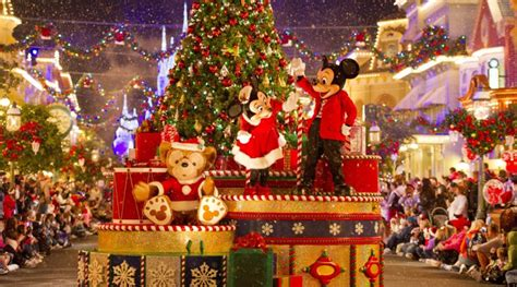 mickey s very merry christmas party returns to walt disney