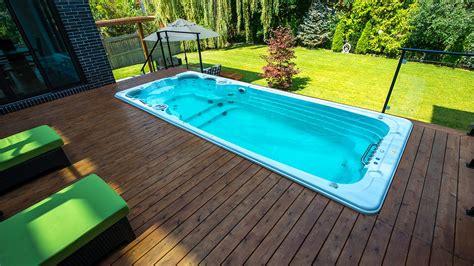 pools  swim spas     choose bradys