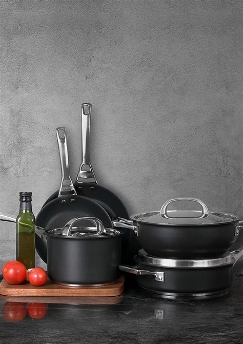 indian cooking cookware brand starts