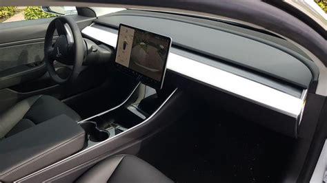 View Standard Range Plus Tesla 3 PNG