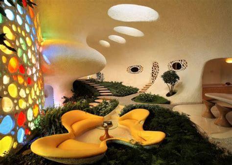 Unique Shaped House Design Bizarre Giant Snail Home