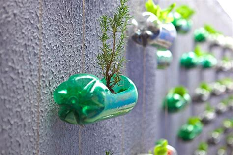 Ideas Using Plastic Bottles by 23 Creative Ways To Reuse Plastic Bottles Bored Panda