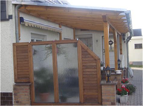 sichtschutz terrasse holz und glas terrasse house und