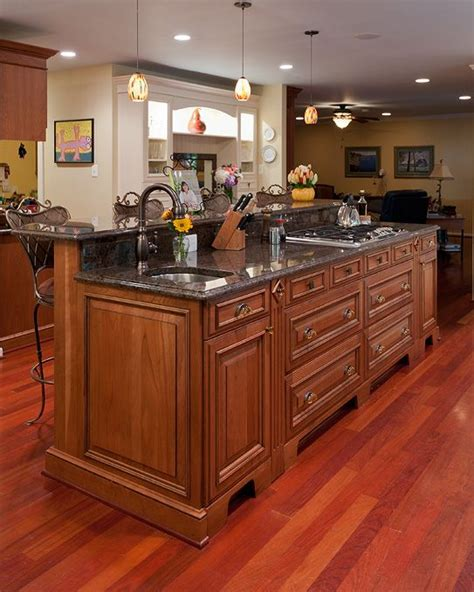kitchen islands with stoves best 20 kitchen island with stove ideas on 5285