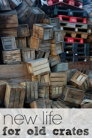 Alte Holzkisten Dekorieren by Upcycle Decorating How To Decorate Your Home With Wooden
