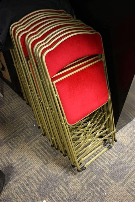 siege axa assurance lot 213 23 unites chaise traiteur pliante en metal colori
