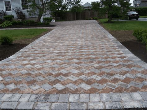 driveway paver patterns i really like this pattern of pavers to go in place of the dead grass on the side of the house