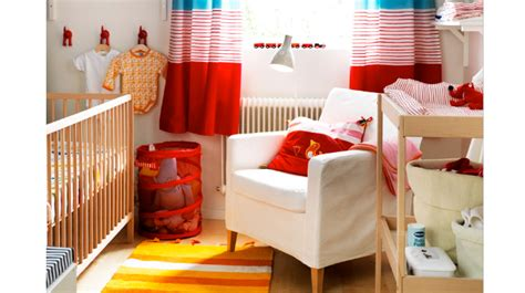 amenager un coin bebe dans la chambre des parents aménager un coin pour bébé dans un petit espace
