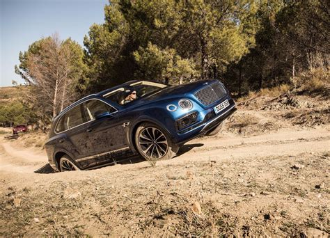 Bentley Bentayga Hd Picture by Hd Bentley Bentayga Wallpaper Hd Pictures