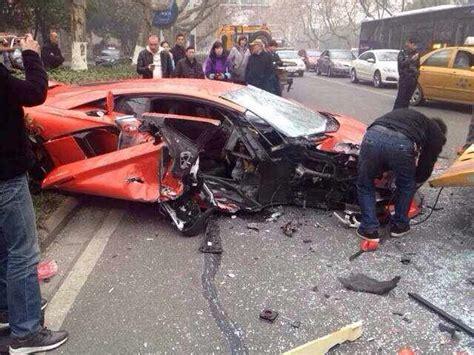 warning  aventador  bus crash pics   man tears
