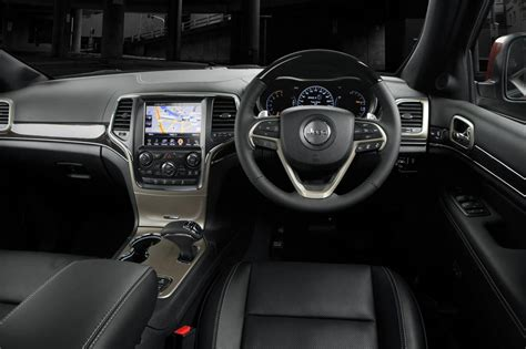 jeep grand cherokee dashboard 2014 jeep grand cherokee overland crd review