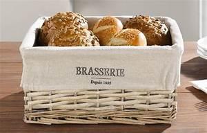 franzosischer brotkorb mit leinen fruhstuckskorbchen With französischer balkon mit figuren aus eisen für den garten