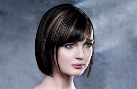 Hair Cut Short Brunette Bob